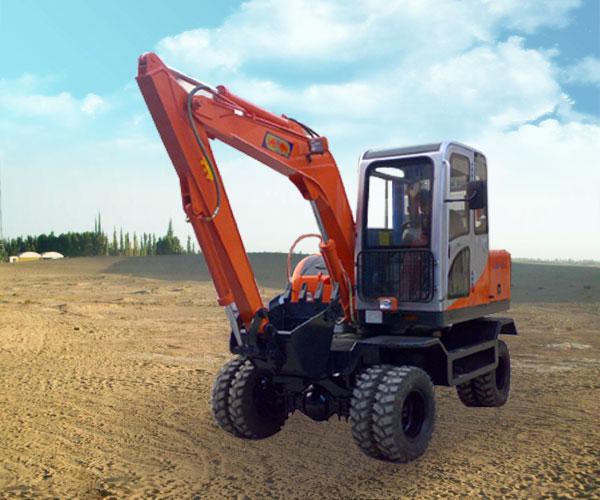 小型轮胎挖掘机/建筑工程机械小型挖掘机/360度旋转的轮胎式挖掘机